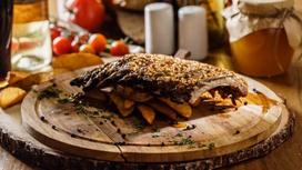 Рёбра в имбирно-медовом соусе