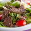 Салат тёплый с говядиной