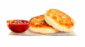 Сырники с брусничным сиропом