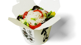 Лапша рисовая с овощами