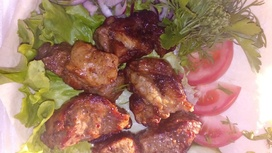 Шашлык из свинины с лавашом