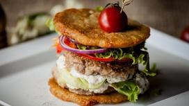 Дранбургер с соусом Альфредо