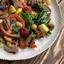 Салат с уткой и запечёнными овощами